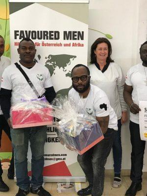 TEAM & RECIPIENT AT OUTREACH _ Favoured Men ngo website, NGO Afrika (Favoured Men) , NGO Osterreich (Favoured Men) , Add Favoured Men NGO to your NGO liste (1)